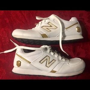 Vintage New Balance tennis shoes not worn 554